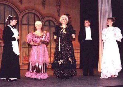 Alison Adams, Eileen Parish, Jean Chalk, Tony Lacey, Liz Bird (l to r)